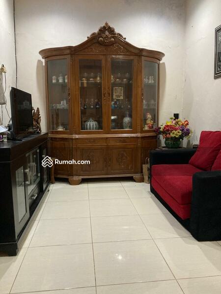 Rumah Bagus 2 Lantai Siap Huni di Klender Jatiwaringin Jakarta Timur  1,5 M #109362378