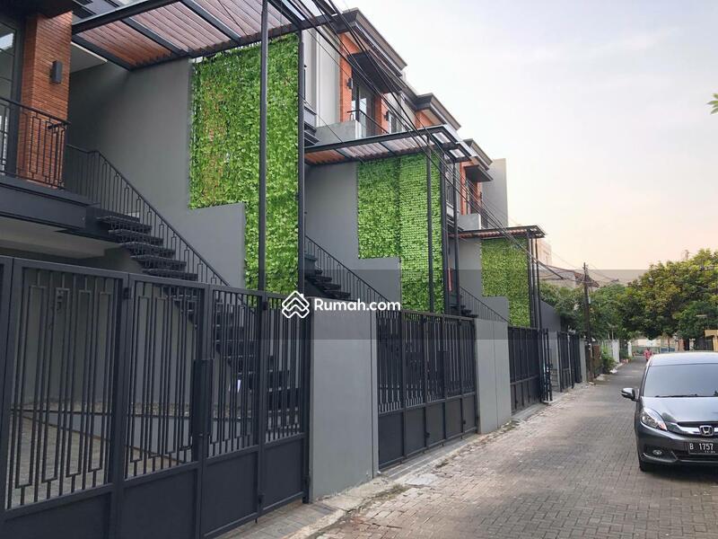 Townhouse Jl Cilandak VI #109381352
