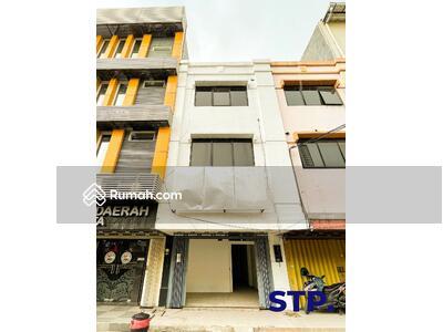 Dijual - JUAL CEPAT! Ruko 3 lantai  Kompleks Mangga Dua Jagir Wonokromo