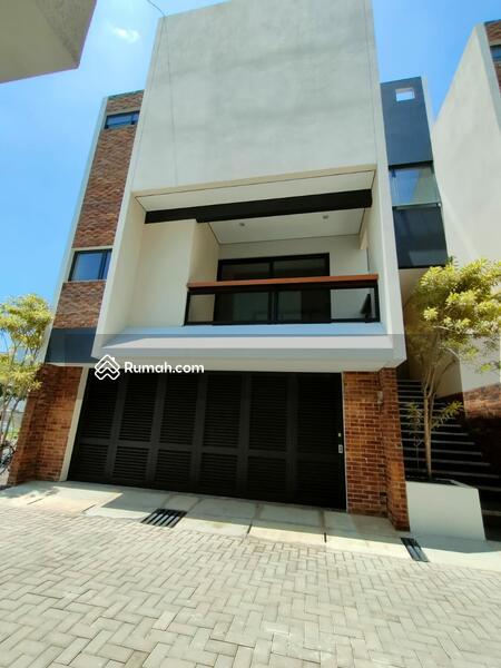 Wow rumah mewah berada di tengah kota Bandung Setraduta #109397466