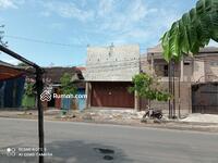 Dijual - Rumah Nyaman tengah kota Solo plus kolam renang serasa tinggal di villa