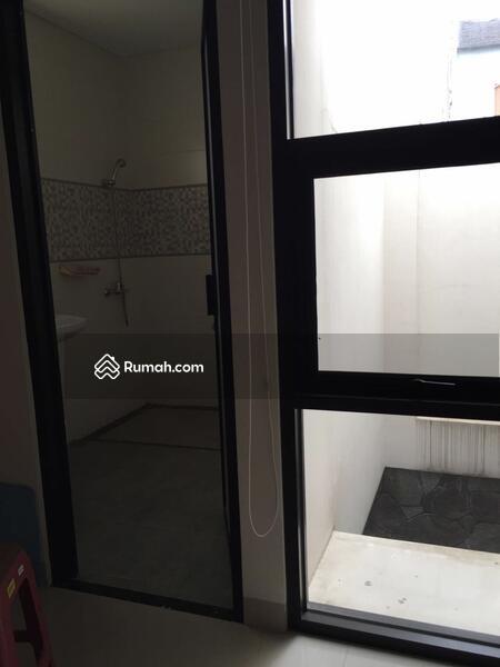 MURAH RUMAH MINIMALIS 3 LANTAI DI KOMPLEK SETRA DUTA BANDUNG #109442334