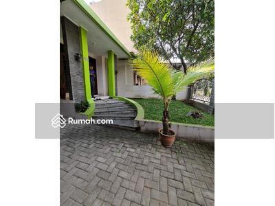 Dijual - Rumah Cantik  (RML)