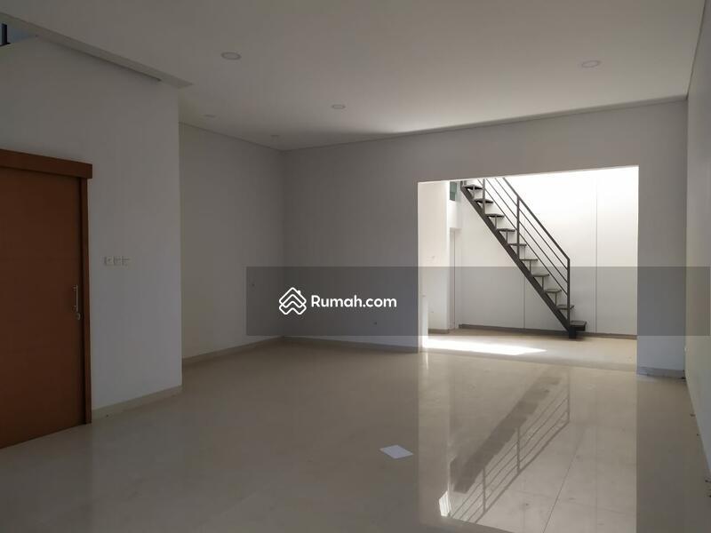 Dijual Rumah Setraduta Axia Bangunan Baru Nyaman Siap Huni #109467450