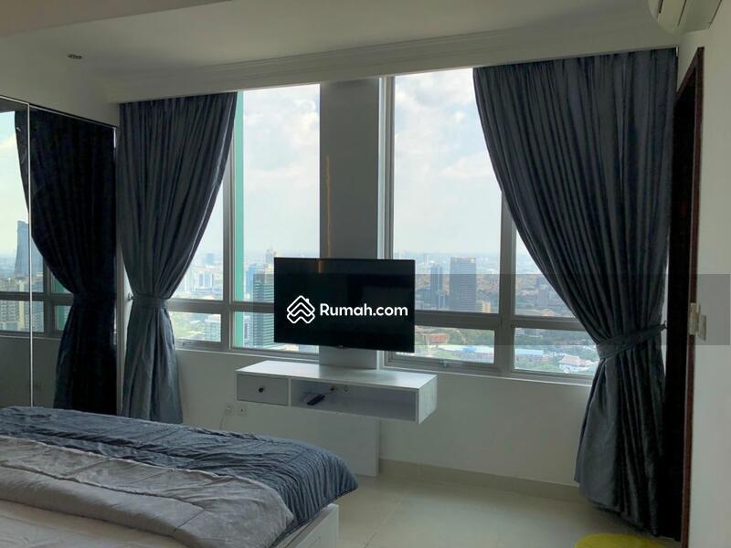 For Rent Apartemen Denpasar Residence 3 BR Luas 125 sqm Fully furnished baru di Renov unit bagus #109515010