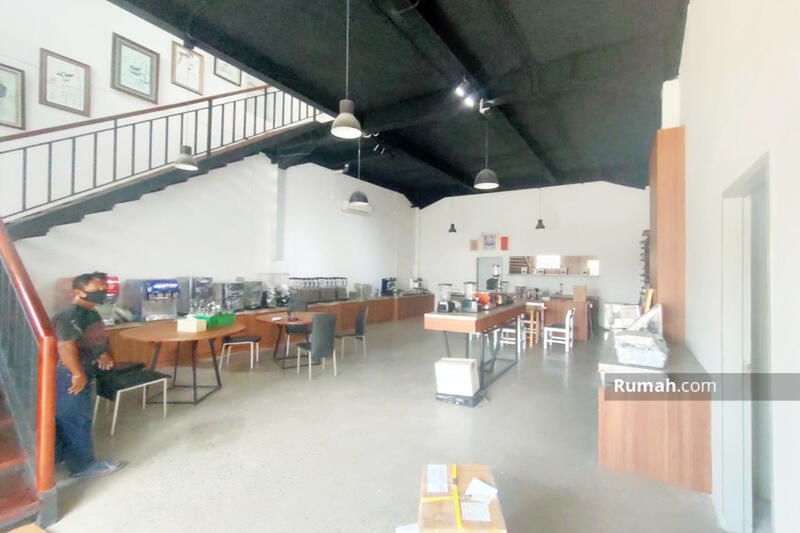 Jual Gudang Baru Bangun & KOKOH 3.500/2.400m² di Kav DPR Cipondoh, Tangerang Banten #109541290