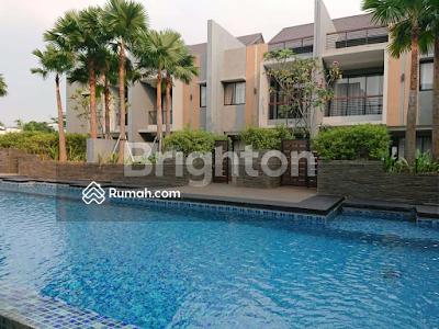 Dijual - Rumah Baru Mewah Poolside Murah di Kemang Jakarta Selatan (RNW)