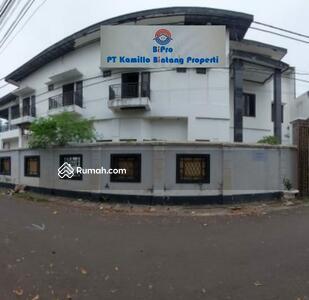 Dijual - Rumah Besar Mampang