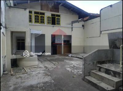 Disewa - Rumah Besar Cocok Untuk Gudang / Kantor Di Sayap Rajawali