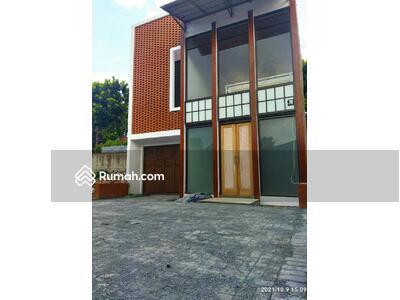 Dijual - View Keren, Udara Sejuk, Rumah di Cluster Dago, Cigadung, Kota Bandung