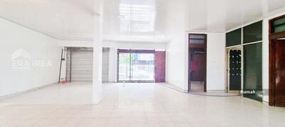 Disewa - Ruang usaha disewakan di Jl RM Said Punggawan, Banjarsari, Solo Kota