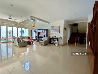 Dijual - Dijual Rumah mewah 2 lantai dan siap huni dengan luas 476m2 Jakarta Pusat