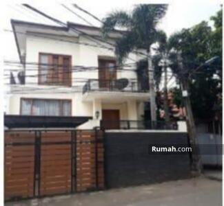 Dijual - Rumah  Mewah Luas Full Furnished Tiga Lantai Di Cipayung Jakarta Timur