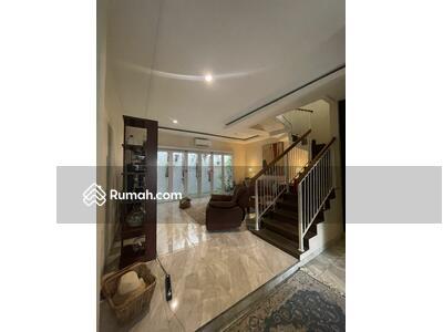 Dijual - JUAL CEPAT Rumah Furnished 2 Lantai Graha Bintaro