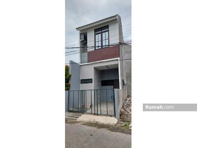 Dijual - Rumah 2 Lantai Siap Huni Harga Special di Surabaya Timur