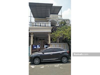 Disewa - Disewakan rumah boulevard hijau Harapan indah Bekasi