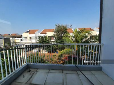 Disewa - Rumah di cluster cassia hook jakarta garden city