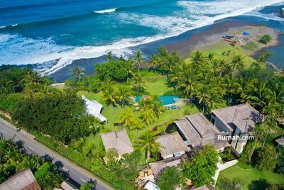 Dijual - GGN 062-Dijual luxury beachfront villa di kawasan pererenan