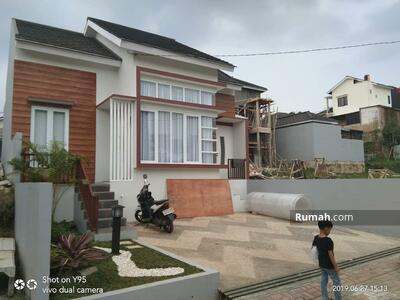 Dijual - Rumah Rasa Villa Di Dekat Masjid View Keren Dalam Cluster Setiabudi Lembang Bandung Utara