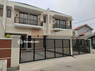 Dijual - Rumah Baru 2 Lantai Design Tropis Dekat LRT Dekat Tol Becak Kayu