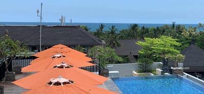 Dijual - Hotel dekat pantai , masih operasi , view ocean from rooftop pool