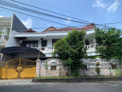 Dijual - 6 Bedrooms Rumah Kertajaya, Surabaya, Jawa Timur