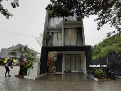 Dijual - Rumah 3 Kamar Tidur di Puri Jakarta Barat Cicilan 12 Jt an Cluster Yarra Anwa Residence