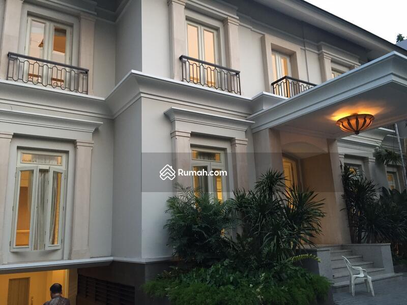 Jual Rumah  Mewah Di  Sriwijaya Kebayoran Baru Kebayoran