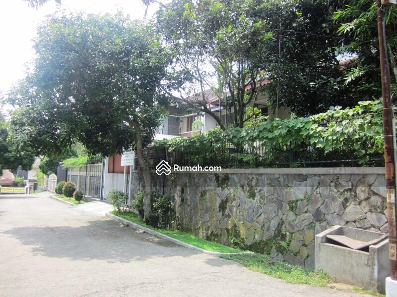 Murah pisan rumah bagus ex pejabat di komplek geger kalong setrasirna setiabudi bandung #45827156